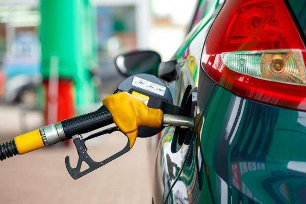 4 Penyebab Mobil Boros Bahan Bakar