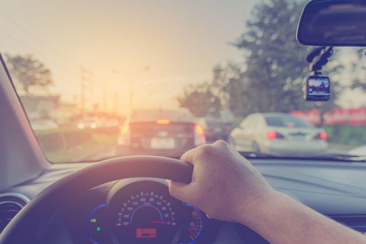 Berkendara Aman Di Jalan