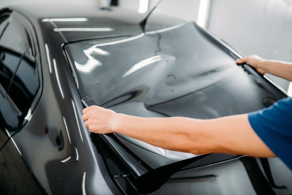 Ini Dia 3 Manfaat Memasang Kaca Film di Mobil Anda!