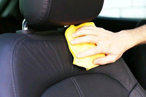 Tips Merawat Bagian Dalam Mobil