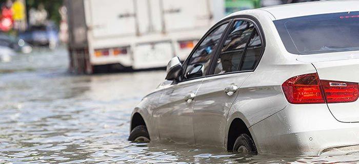 6 Cara Mudah Ketahui Mobil Bekas Banjir